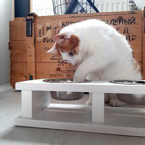 kattenvoerbak Wood white honden en kattenzooi