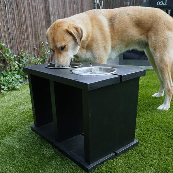 voerbak wood xxl black honden en kattenzooi